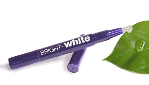 creionul de albirea dintilor bright white